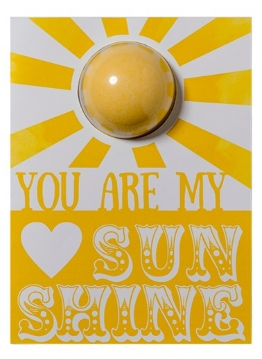 Bomb Cosmetics You Are My Sunshine Blaster Card Renkli